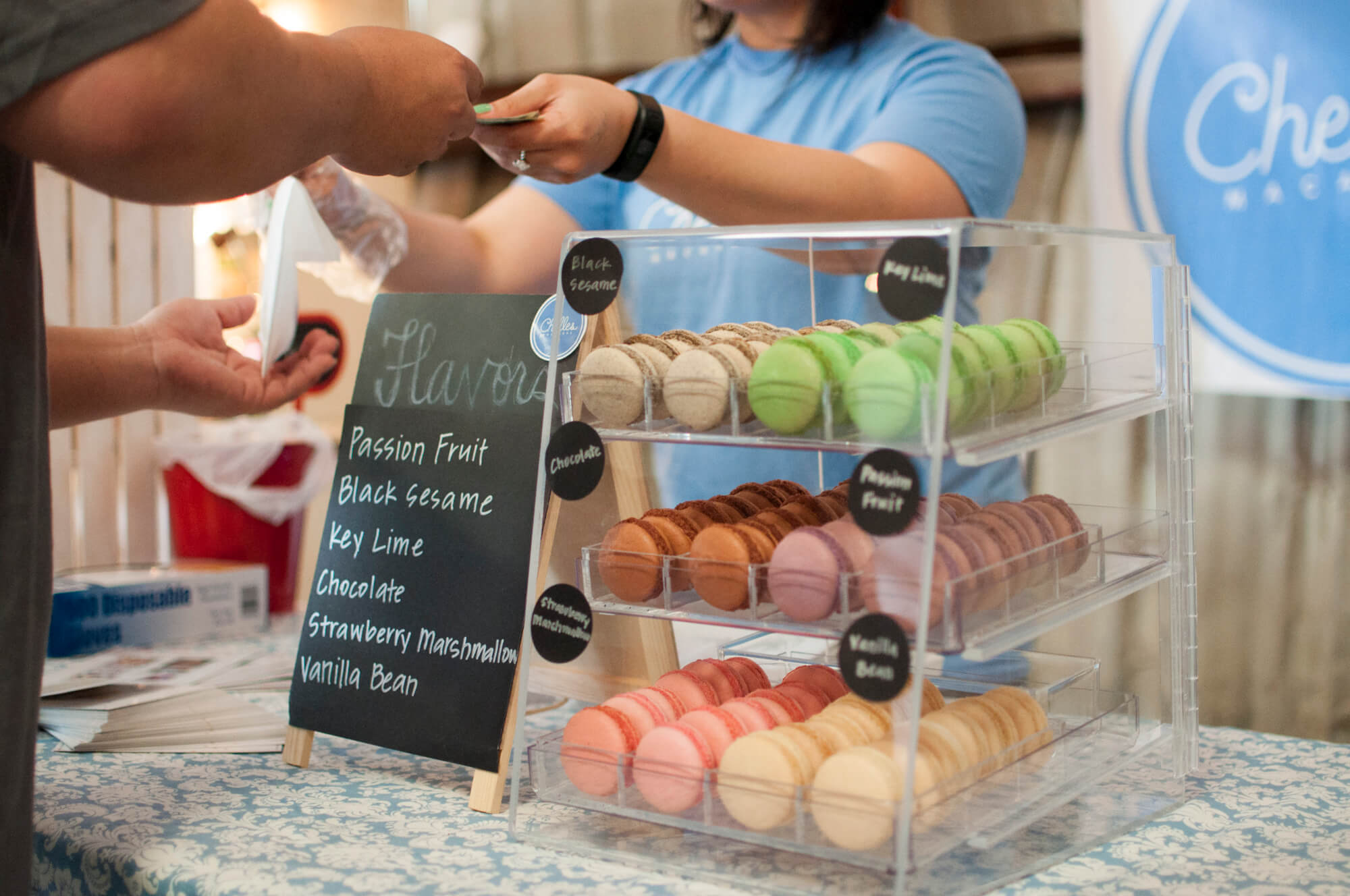 Selling buying macaroons over the counter